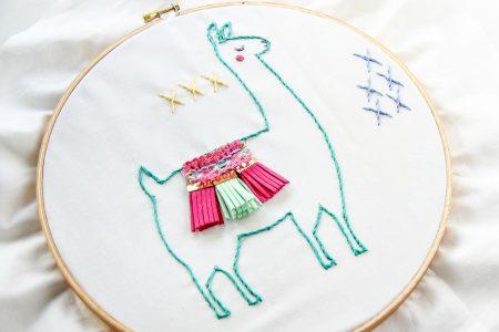 llama embroidery pattern