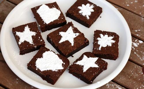 Final Stenciled Brownies