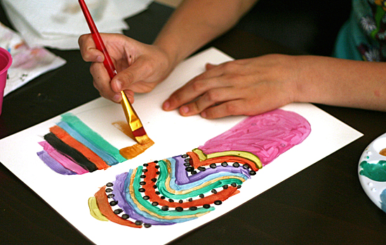 Painting flip flop craft