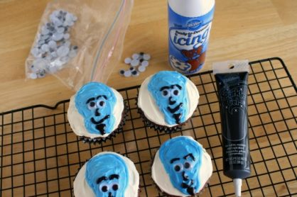Megamind Birthday Party Cupcakes
