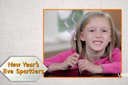 Pipe Cleaner Sparklers for Kids @makeandtakes.com