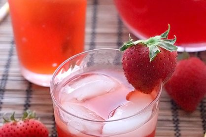 strawberry-lemonade-iced-tea-1