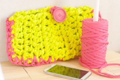 Neon Crochet Summer Clutch from T-shirt Yarn by Francine Clouden for Make & Takes-21