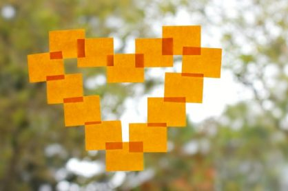 Making Hearts out of Sticky Notes on Windows