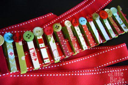 christmas-card-clothespin-hanger-idea-how-to-1024x768