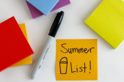 Make a Family Summer Bucket List with Post-It Notes