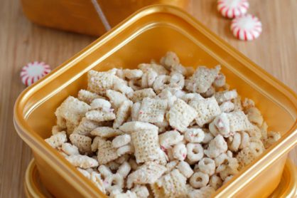 Holiday Peppermint White Chocolate Muddy Buddies