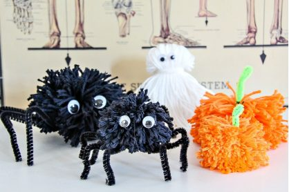 how to make Halloween pom poms