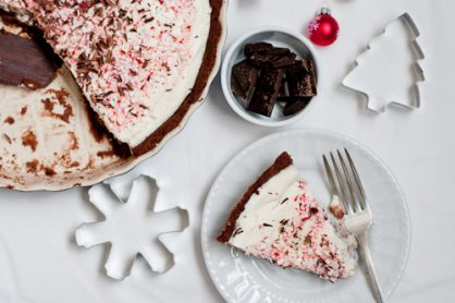 Holiday Creamy Peppermint Bark Tart