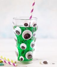 Googly Eye Juice Glasses for Halloween - quick and Mess-Free, these glasses are perfect for serving drinks or as party favors in your next Halloween party!