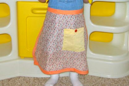 Little Apron Sewing Tutorial