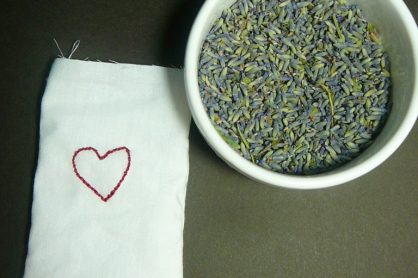 simple lavender sachet