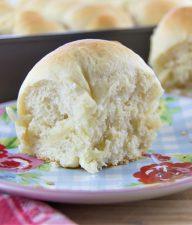 homemade yeast dinner rolls