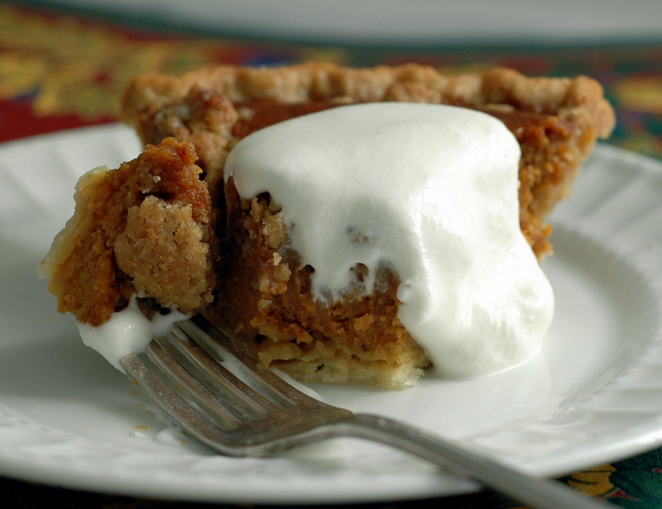 One bite Caramel Pumpkin Pie with Pecan Streusel