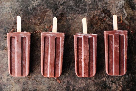Homemade Fudge Pops makeandtakes.com