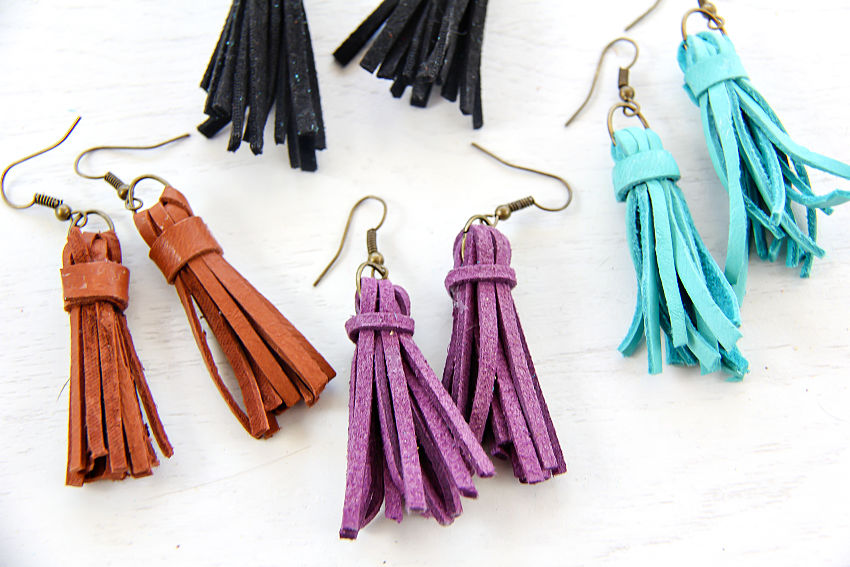 Tassel Earrings Faux-Suede Short