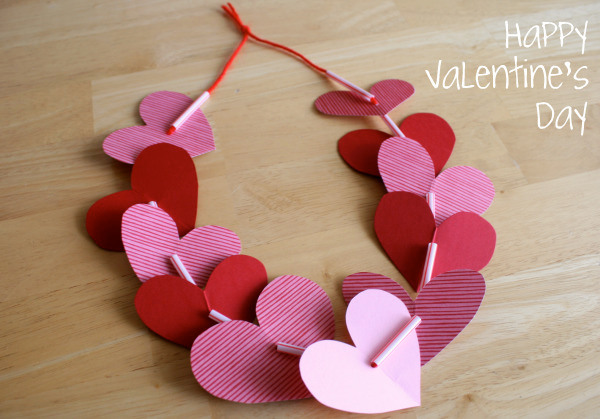 Heart Shaped Necklace Craft for Kids @makeandtakes.com