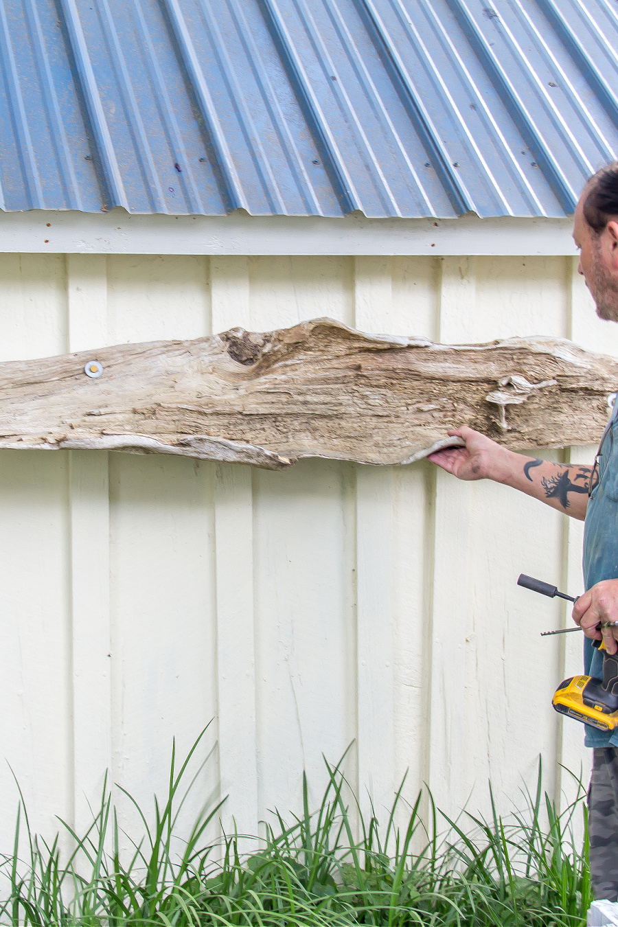 instructions for hanging driftwood on a wall