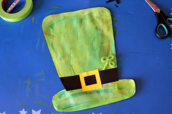 Painted leprechaun hat craft for kids