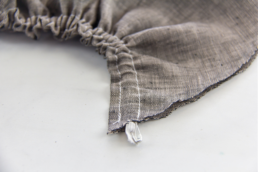 a gathered piece of fabric with elastic