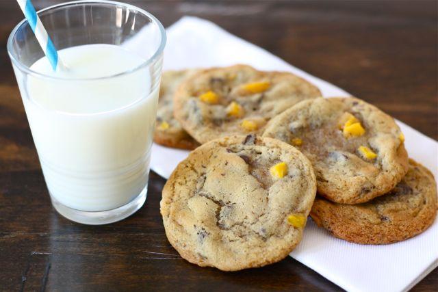 mango-chocolate-chip-cookies1