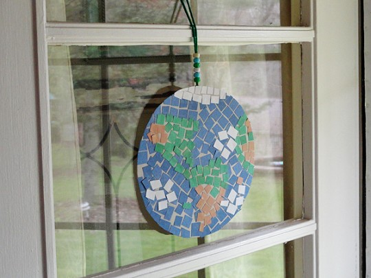 Hanging Finished Mosaic Earth