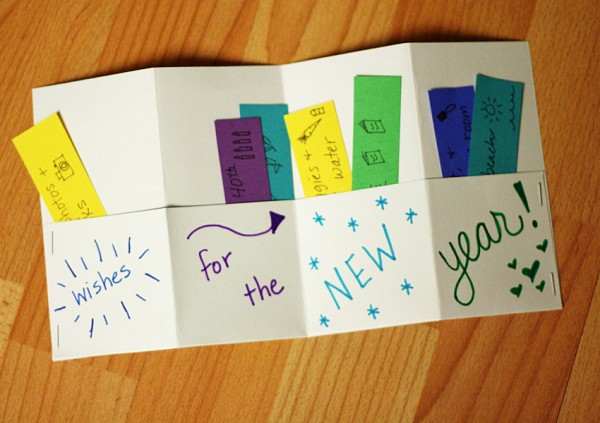 New Year's accordion book for kids