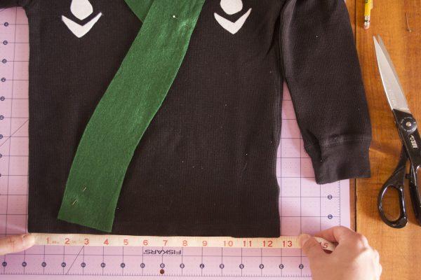 DIY lego ninjago costume, lego ninjago green ninja costume, ninja costume DIY