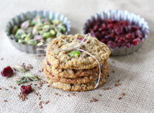 Oatmeal Pistachio Cranberry Cookies | Make and Takes