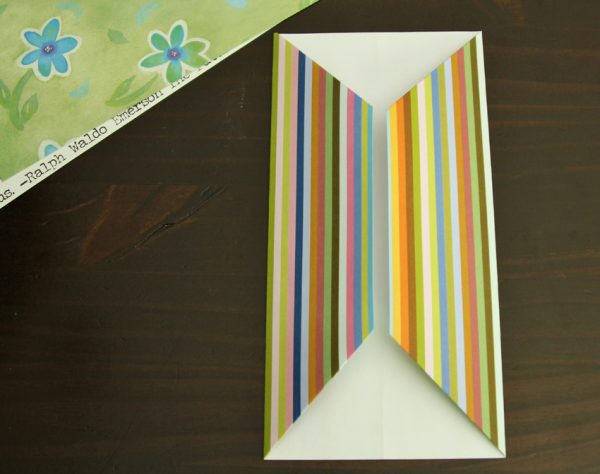 Folding gift card holders from scrapbook paper