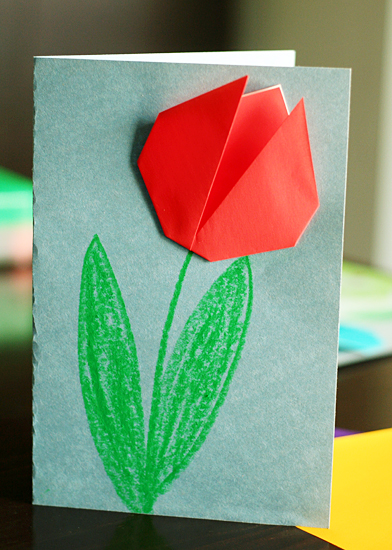 How to Make an Origami Tulip Flower & Stem | 550x392