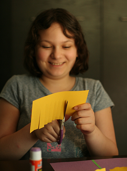 paper-daffodils-centercut