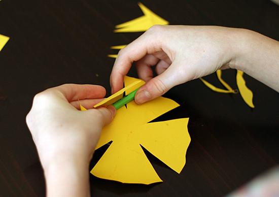 paper-daffodils-petals3