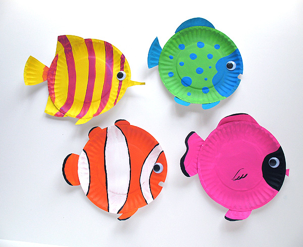 Supplies for paper plate fish & Paper Plate Tropical Fish | Make and Takes