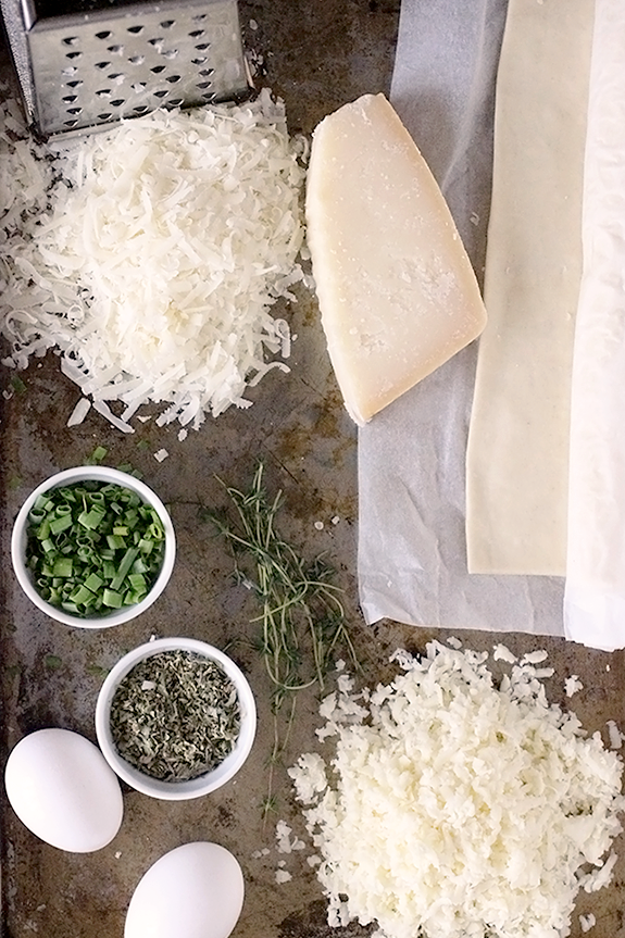 parmesan-and-mozzarella-cheese-straw-ingredients