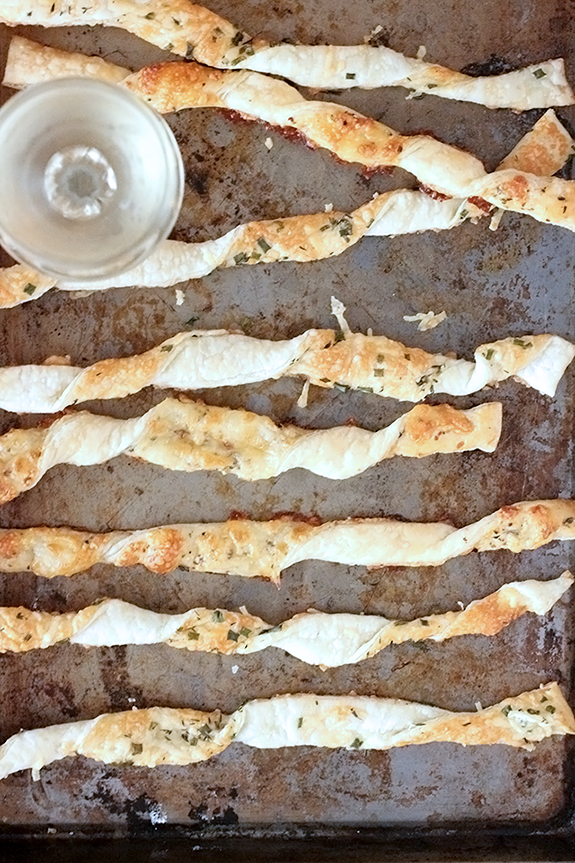parmesan-cheese-straws