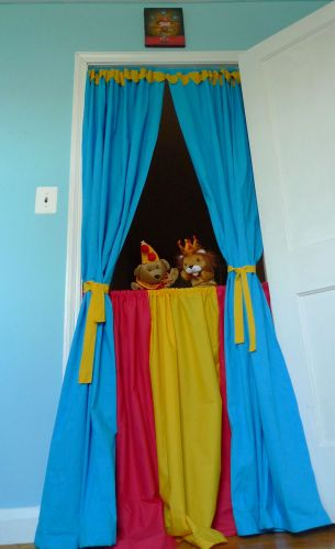 Circus Inspired Puppet Theater Make And Takes