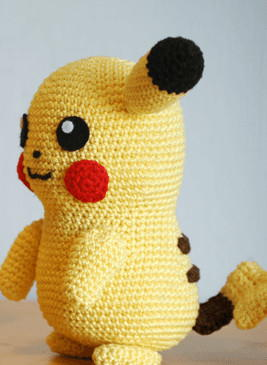 pikachu-amigurumi-2_Medium_ID-1779638