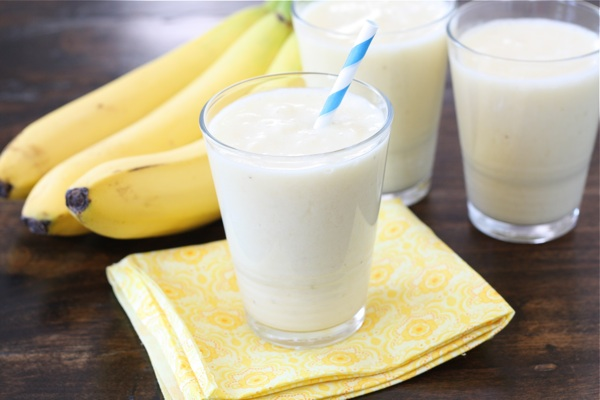 Pineapple, Banana, and Coconut Smoothie
