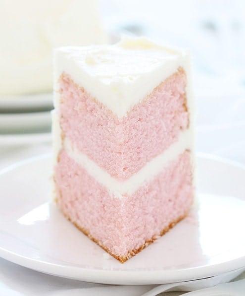 https://www.makeandtakes.com/wp-content/uploads/pink-velvetcake.jpg