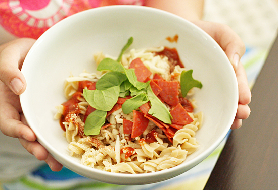 Kid-friendly pizza pasta bowls