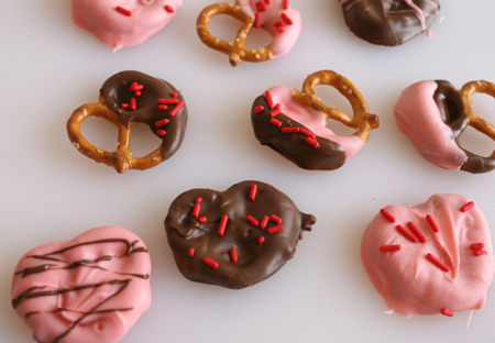 Chocolate Dipped Pretzel Hearts