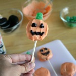 Pumpkin Cookie Lollipops