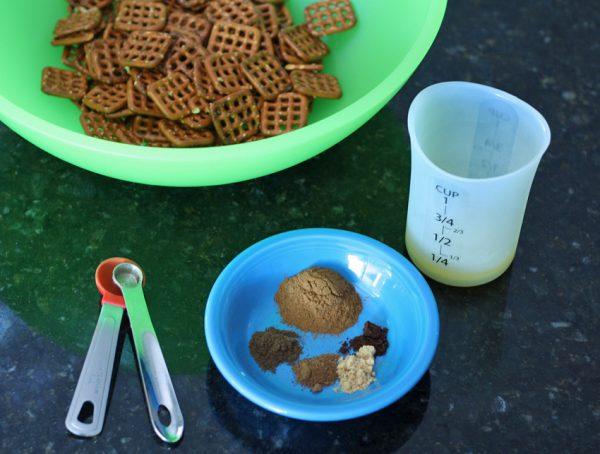Ingredients for pumpkin spice pretzels