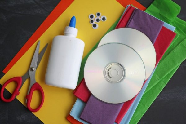 recycled-cd-snail-kid-craft-6