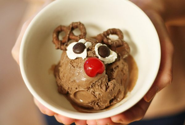 Red-nosed reindeer sundaes