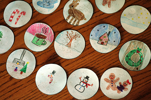 snow globe place cards with glitter