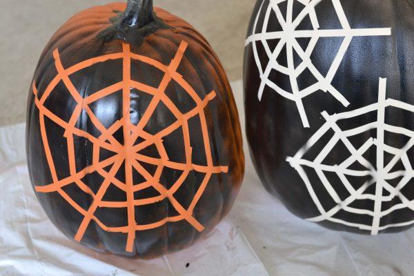 spider-web-pumpkin-13