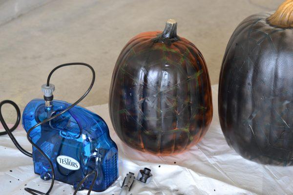 spider-web-pumpkin-2