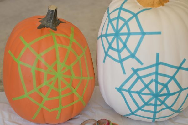 spider-web-pumpkin-3